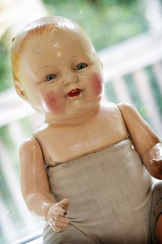 vintage doll-don't know why, maybe too many horror films but i get the creeps sometimes looking at these older dolls