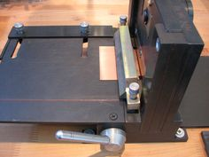 Cutting Metal Accurately With The Shear