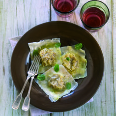 Ravioles de langostinos, hinojo y azafrán (2)