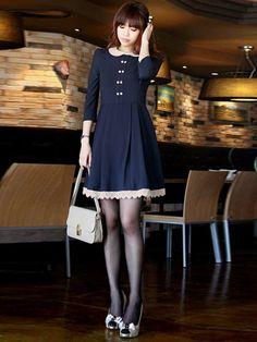 Zanzea® Long Sleeve Blue Elegant Dresshttp://www.banggood.com/Zanzea--European-And-American-Style-Show-Thin-Long-Sleeve-Blue-Dress-p-78969.html
