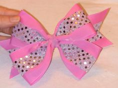 How to make Cheer Bows - You know, I was just looking for this. Good for my bow chandelier? (: