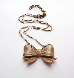 Bow necklace from Beva Styles. #etsy $35.00
