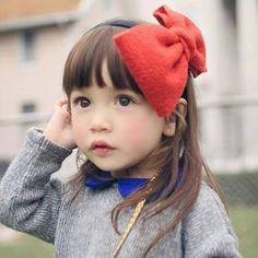 自分の子供の顔、冷静に見て可愛い?娘がいます、可愛いんです しかし一般的に見て、私のDNAだし多分そんなに…   子持ちの皆様、自分の子供は可愛いと思いますか?