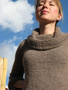 free pattern for knit sweater in worsted weight yarn, needle size 10 & 7