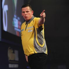 Dave Chisnall advanced to the Third Round after a 4-2 victory over impressive debutant Chris Dobey. #WorldChampionship #Darts #AllyPally #Chizzy
