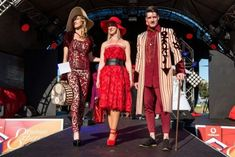 The most striking couple winner at the Vodacom Durban July Handicap 2018 Durban South Africa, Old Photos, Kimono Top, That Look, Couples, Women, Fashion, Old Pictures, Moda