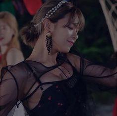 Cute Girls, Cool Girl, Twice Jungyeon, Twice Album, K Idol, Dance The Night Away, Woman Crush, Nayeon, Girl Crushes