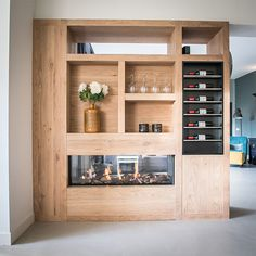 NB Interior – Customized oak partition with playful partition wall with wine rack and atmospheric oven. Home Decor Kitchen, Kitchen Design, Storage Design, Wall Storage, Diy Bedroom Decor, Liquor Cabinet, Sweet Home, Furniture, Wine Rack