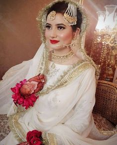 Great Totally Free Bridal Dresses eastern Ideas No matter whether you happen to be daydreaming of marriage ceremony dress due to the fact you were 5 Bridal Mehndi Dresses, Pakistani Bridal Makeup, Beautiful Bridal Dresses, Asian Wedding Dress, Pakistani Wedding Outfits, Bridal Dress Design, Pakistani Wedding Dresses, Bridal Outfits, Nikkah Dress