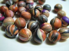 Amy Bee Designs: Striped bead tutorial