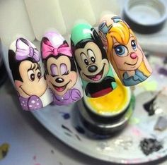 • Nail Design 미키/미니마우스네일 캐릭터네일 디자인 모음! : 네이버 블로그 Xmas Nail Art, Xmas Nails, Nail Art Dessin, Louis Vuitton Nails, Nail Drawing, Beautiful Nail Art, Nail Tutorials, Disney Drawings, Nail Inspo
