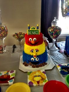 Sesame Street Cake with Elmo, Big Bird and Cookie