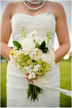white green bridal bouquet   Photography © Adna Photography on French Wedding Style Blog