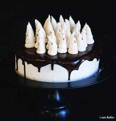 The Original Boo-tiful Ghost Cake! #cakedecorating #halloween #ghost #cake