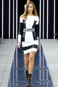Maxime Simoëns Spring 2014 Ready-to-Wear Collection Slideshow on Style.com