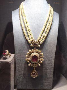 Stylish Jewelry, Luxury Jewelry, Fashion Jewelry, Indian Jewelry Sets, Royal Jewelry, Beaded Jewelry Designs, Diamonds, Necklaces, Pearls