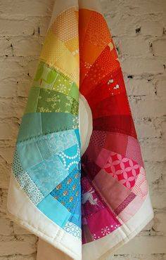 This is her Pinterest board: quilts, patterns, tutorials, links: http://www.psiquilt.com/2011/02/flipside.html