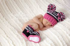 Pink Zebra Beanie and Booties PomPom Hat Baby by AdorablyHooked  Ohhhh Myyyy Goodness I can't wait to have grandbabies!! How precious is this??!