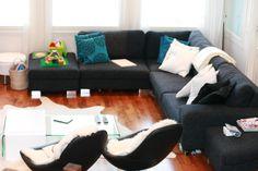 Sohva, joka tulee tv-huoneeseen + 2 nahkaista tuolia