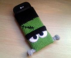 "Funda móvil ""Frankenstein"" (Crochet, Ganchillo)"