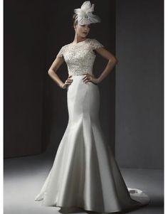 Schönste modische Brautkleider für Mollige kaufen online