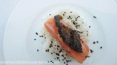 selbst gebeizter Lachs mit Ingwer und Chili, dazu Furikake (japanisches Reisgewürz)
