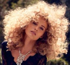 So in love with big big curly hair