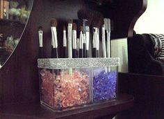 DIY: Makeup Holder.