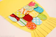 Fabric Fishy Purse (pattern pieces included) – Make It and Love It Sewing Crafts, Sewing Projects, Fish In A Bag, Fish Bags, Fabric Fish, Kids Purse, Fabric Pictures, Fabric Purses, Purse Patterns