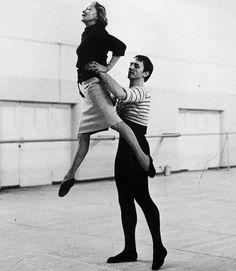 Марис Лиепа - солист балета, балетмейстер, балетный педагог, актер кино. Обсуждение на LiveInternet - Российский Сервис Онлайн-Дневников
