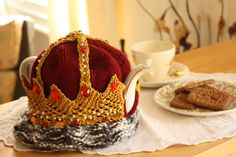Crown Tea Cosy  T.ART by TricotetToile on Etsy