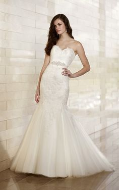 D1441 Fitted Wedding Dresses by Essense of Australia