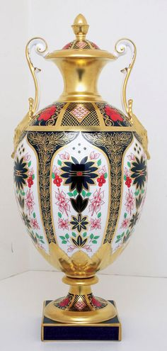 Royal Crown Derby ~ SGB Repton Vase