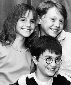 Find images and videos about harry potter, emma watson and hermione granger on We Heart It - the app to get lost in what you love. Harry Potter Tumblr, Harry Potter Hermione, Ron Weasley, Harry Potter Movies Cast, Images Harry Potter, Fans D'harry Potter, Arte Do Harry Potter, Harry Potter Spells, Harry James Potter