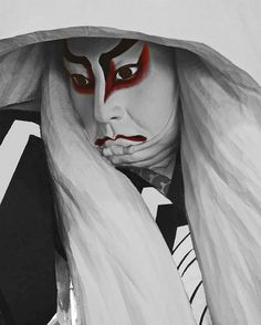 Kabuki Actor Portrait in Black & White by Rekishi no Tabi, via Flickr. S)