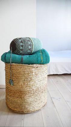 Pillow Crochet Marrakech    Aqua por lacasadecoto en Etsy, €26.00