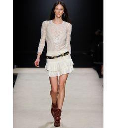 Aymeline Valade http://www.vogue.fr/mode/mannequins/diaporama/les-mannequins-du-numero-d-aout-2012-de-vogue-paris/9276/image/563589#aymeline-valade