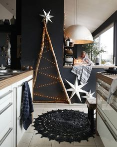 35 Black Christmas Tree Ideas 'coz everything else is just Background Noise - Hi. - uncategorized - 35 Black Christmas Tree Ideas 'coz everything else is just Background Noise – Hike n Dip - Christmas Tree Design, Black Christmas Trees, Decoration Christmas, Noel Christmas, Xmas, Christmas Crafts, Christmas Ideas, Christmas Cooking, Christmas Countdown