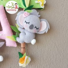 Felt Crafts Diy, Felt Diy, Handmade Felt, Cute Crafts, Crafts For Kids, Sewing Crafts, Newborn Girl Headbands, Koala Craft, Cute Kawaii Animals