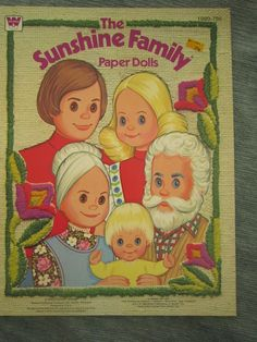 Vintage 1977 The Sunshine Family Paper Dolls Book  HAS the dolls, and it was a FAVORTIE toy of my childhood
