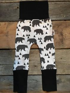 Coton Vanille Design Evolutive Pants, Maxaloones, Grow-with-Me Pants For Your Baby. Baby & Toddler Apparels and Accesories. Sewing Kids Clothes, Sewing For Kids, Baby Sewing, Diy Clothes, Toddler Outfits, Boy Outfits, Toddler Leggings, Brown Bears, Little Brothers