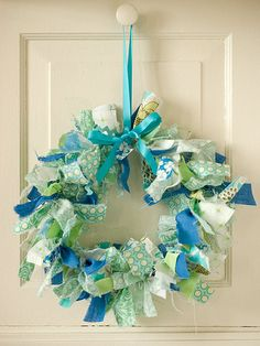 Ribbon/fabric wreath. EASY