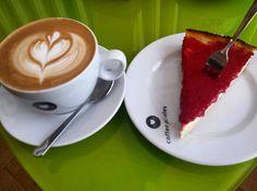 Endlich hab ichs mal zu den #coffeepirates geschafft  #coffeetime #coffee #wien #vienna #instapic #igers #igersvienna #potd #bestoftheday #food #foodpics #foodstyle #foodporn #foodlover #instafood #instapic #coffeelove #cheesecake #coffeeart #dessert #cappuccino #love #austria #kaffeehaus #foodgram #freizeit #kaffeeklatsch #nofilter by itstanjuschka