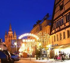 I want to go see the Christmas Festival.
