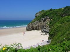Place: Playa de Andrin, Llanes / Asturias, Spain. Photo by: Julio G. González (flickr)