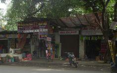 Encroachment on footpaths — at Paud Road,Kothrud.