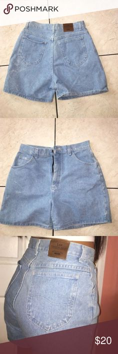 LEE JEAN SHORTS SIZE M Jean shorts! Trendy! High waisted ! Lee Shorts Jean Shorts