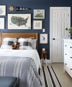 A bold, playful and out of this world kid's room — Sunny Circle Studio room room home decor lighting room decor room decor wall office decor ideas decoration design room Big Boy Bedrooms, Boys Bedroom Decor, Teen Bedroom, Boys Bedroom Ideas Tween, Boys Room Paint Ideas, Boys Bedroom Paint, Nursery Decor, Deco Kids, Kids Room Design