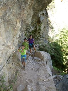 Con los niños a cuestas: Gorges de Carançà Mount Rushmore, Europe, Mountains, Country, Places, Nature, Traveling, World, Hiking Trails