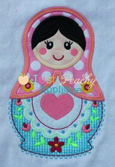 Wouldn't this make a cute potholder or oven mitt design with a little modification?  So cute!
